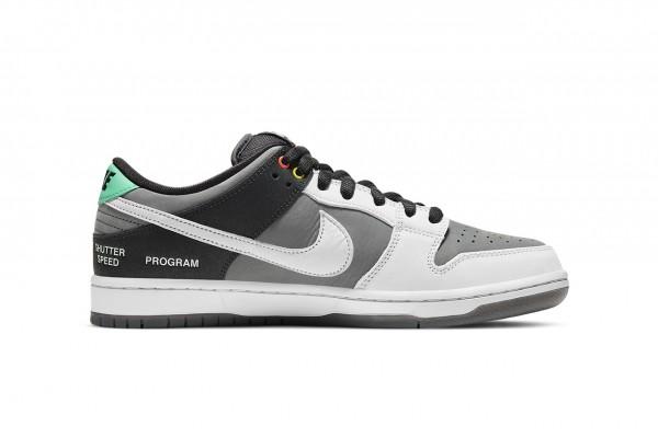 "Nike SB Dunk Low ""VX1000"""