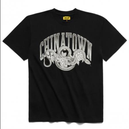 """Camiseta Chinatown Market """"Snake Arc"""" Preta"""