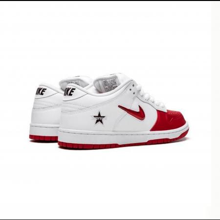 Nike x Supreme - Dunk SB Low